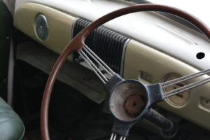 Vintage car steering, free photos, free indian photos, free indian stock photos, india travel photos,