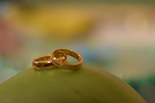 south indian wedding rings on coconut, download free indian images